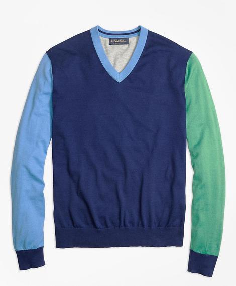 Erkek mavi renk parçalı v yaka triko kazak