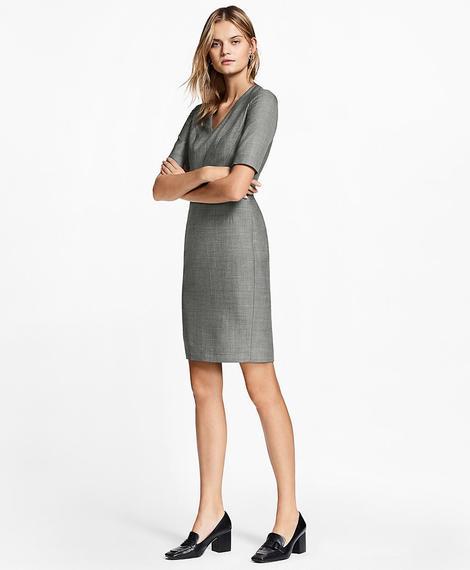 Kadın gri v yaka elbise