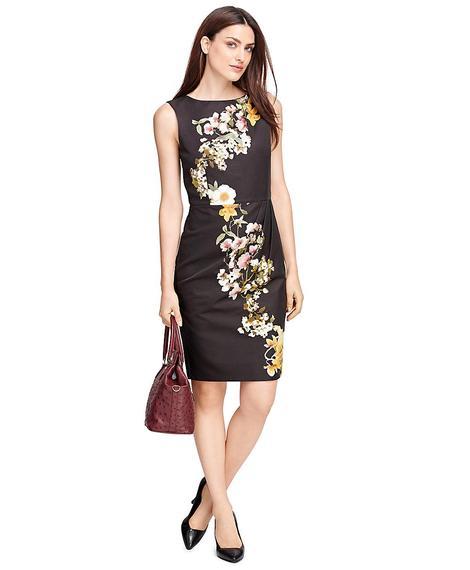 Kadın siyah çiçek desenli ipek elbise