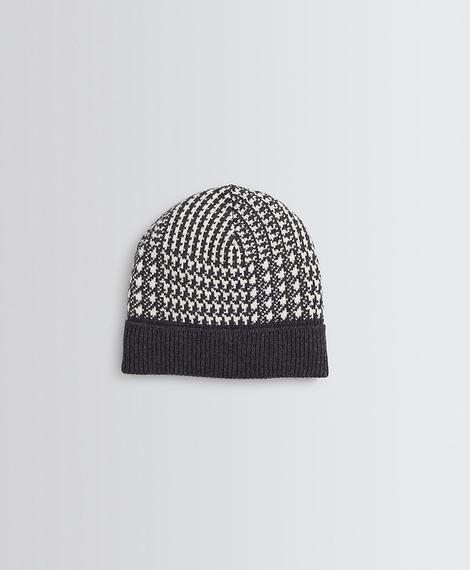 Erkek siyah/beyaz ekose şapka